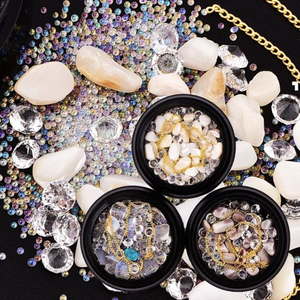 Mixed Diamonds and Beads and Stones for Nail Art Decorations